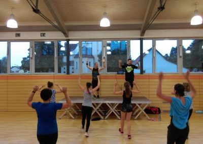 Zumba: Fit in den Herbst ab 22.09.2018